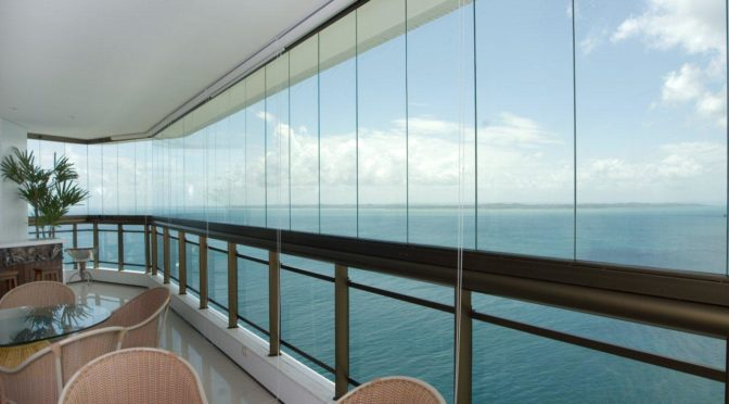 How to Find a Company That Offers the Glass Wall With Shutter Service of Manufacturing Assembly in Portugal